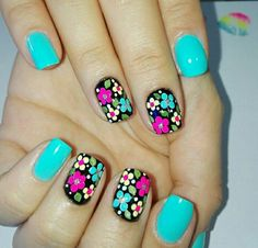 60 Spring Floral Nail Art Designs and Ideas Colors Dot Nail Art, Floral Nail Art, Nail Art Diy, Get Nails, Hair And Nails, Flower Nails, Creative Nails, Blue Nails, Trendy Nails