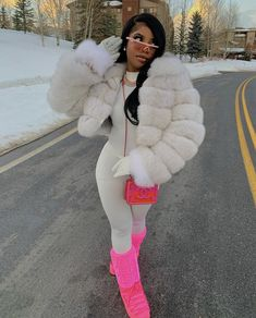 uh look ❄️🤩 Girls Winter Outfits, Girls Winter Fashion, Black Girl Fashion, Winter Fashion Outfits, Teen Fashion, Autumn Fashion, Fashion Coat, Hipster Fashion, Woman Fashion