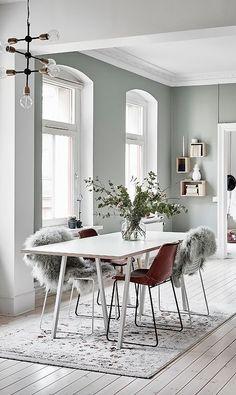 Scandinavian Dining Room Inspiration That You Need To See Scandinavian Style, Modern Scandinavian Interior, Dining Room Lighting, Dining Room Design, Room Inspiration, Interior Inspiration, Interior Ideas, Design Inspiration, Home Interior Design