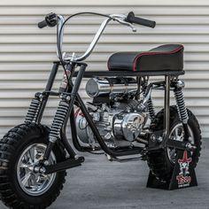 Badass Mini Bike Kits: How to get your kid started early Custom Mini Bike, Custom Bikes, Motorcycle Towing, Mini Motorbike, Electric Bike Kits, Diy Go Kart, Mini Chopper, Dirt Bike Racing, Atv