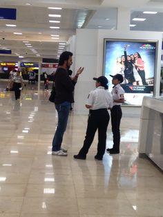 ALberto trapero en aeropuerto cancun
