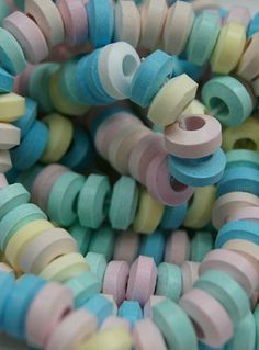 Trendy Bracelets The Party Giant Candy necklaces (bag of Good Old Times, The Good Old Days, 90s Childhood, Childhood Memories, Giant Candy, Retro Sweets, Candy Shop, Sweet Memories, Food Storage