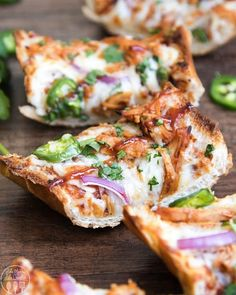 Shredded Chicken Recipes, Baked Chicken Recipes, Pizza Recipes, Easy Dinner Recipes, Bread Recipes, Potato Recipes, Dinner Ideas, Scones, French Bread Pizza