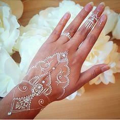 White henna w/ diamonds #bride
