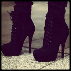 Black Lace Up Booties ❤