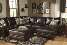 Ulitmate Leather Living Room, very lounge worthy!