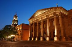 Growing up I did my piano recitals here at the beautiful Teatro de la Paz (San Luis Potosí, México)