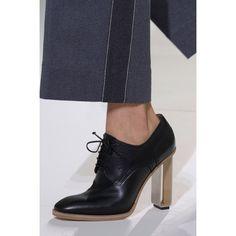 Hermès. #shoe #details #fashion #Vogue #VogueRussia #readytowear #rtw #springsummer2017 #Hermès #VogueCollections