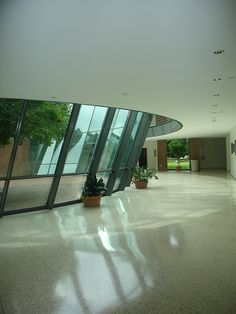 Interior, The Carl C. Icahn Center for Science, Choate Rosemary Hall campus, Wallingford, CT.