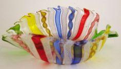 Murano Art Glass Latticino Leaf Dish Bowl Zanfirico Aventurine Vintage
