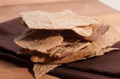 Recipe for homemade crackers flavored with rye flour and caraway seeds. Delicious with cheese.