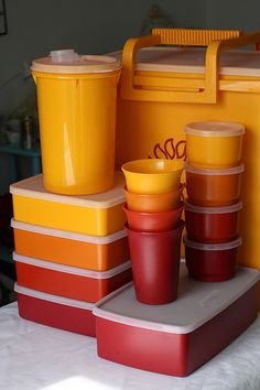 I found this whole set of tupperware in my favorite colors. Vintage Tupperware, Vintage Kitchenware, My Childhood Memories, Sweet Memories, Kitchen Items, Kitchen Tools, Retro Toys, The Good Old Days, Vintage Ads