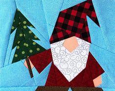 Paper Pieced Quilt Patterns, Pattern Paper, Paper Peicing Patterns, Tree Quilt, Foundation Paper Piecing, Christmas Paper, Christmas Ideas, Christmas Tree, Pattern Blocks