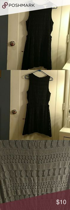 Black skater dress Forever 21 black skater dress with two slits on the side to give it a little edginess worn a few times but still has a lot of life left. Could fit a medium as well Forever 21 Dresses Midi