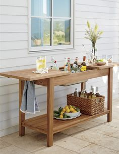 An outdoor bar is the perfect way to celebrate summer and enjoy backyard entertaining. Our Regatta Outdoor Bar helps to easily store and serve summer drinks on the patio or deck.