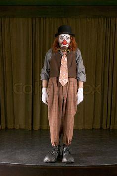 Sad Clown 1 Clown Pics, Le Clown, Creepy Clown, Halloween Circus, Circus Clown, Halloween Costumes, Pierrot, Famous Clowns, Send In The Clowns