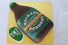 Waikato beer bottle cake.