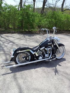 """LETS SEE YOUR LOWERED SOFTAILS"" NO 4X4's please - Harley Davidson Forums"