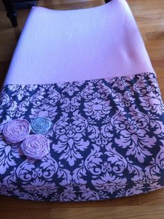 diy changing pad cover-using coordinating nursery fabric