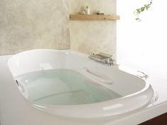@BainUltra Amma #bathtub. #Bathroom #Bathtubs #BathroomIdeas #BathroomDecor