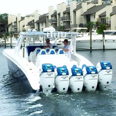 Midnight Express 43' Open Quintessence boat with five 400 hp Mercury Racing outboards.