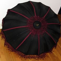 Black & Burgundy Parasol