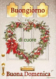 Italian Greetings, Italian Memes, Merry Christmas Everyone, Christmas Wreaths, Holiday Decor, 3, Italy, Dreams, Books