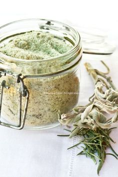 Herb flavored and Aromatic Salts