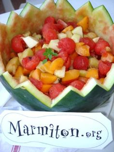 Recette de Salade de fruit dans une pastèque