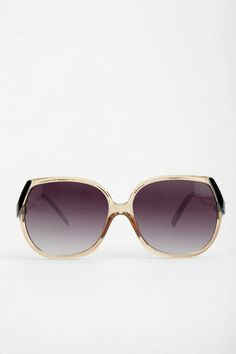 Femme Fatale Oversized Sunglasses #urbanoutfitters