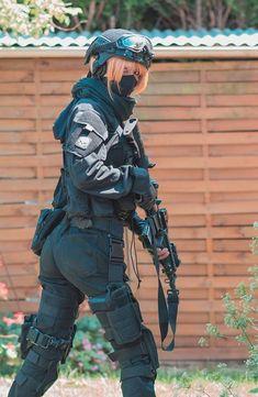 Killzone: Shadow Fall - Helghast Commando by Arno Killzone Shadow Fall, Gunslinger Girl, Foto Real, Female Soldier, Warrior Girl, Military Women, Badass Women, Steam Punk, Airsoft