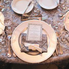 Pewter & Ivory Place Settings/ Сервировка свадебного стола