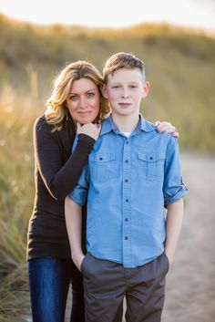 Parenting Teens: The Art of Letting Go - The Sunny Side of Something Fall Family Portraits, Family Portrait Poses, Family Picture Poses, Fall Family Photos, Family Posing, Teenage Family Photos, Adult Family Photos, Mother Son Photography, Teenager Photography