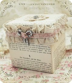 Gift Box | Tins  Containers ♥)