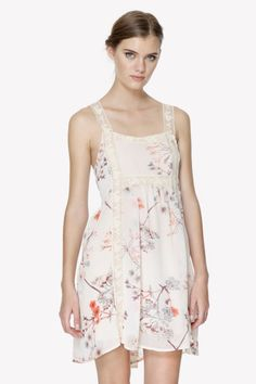 Vestido de Meisïe. Disponible en www.mimatboutiquemanresa.com