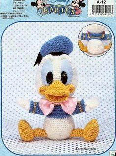 AD02  haak Disney Donald Duck Amigurumi Japanse door Craftebook