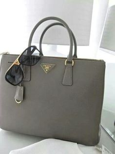 Klassische graue #Tasche! #Mode #Lifestyle ♥ stylefruits Inspiration ♥^^코리아카지노 XTTX7.COM 코리아바카라