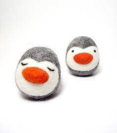 Twin Baby Penguins Needle Felt Animals Soft Penguin toy Sweet Adorable Baby Shower Penguin Birthday