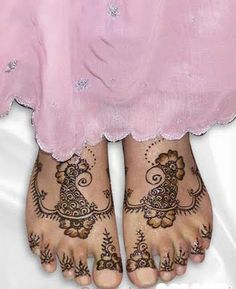 Mehndi Designs: Arabic Mehndi Designs For Feet