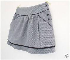 """jupe, patron """"Pélagie"""" : citronille les transformations: biais contrasté, plis, passepoil à la taille, ajout de poches !"""