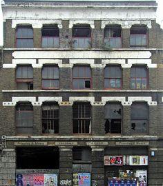 BuildingsDerelict0005_1_S
