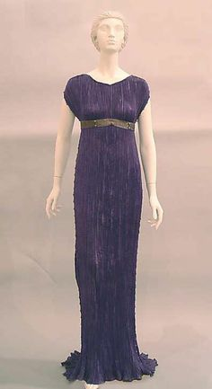 """Evening Dress, Mariano Fortuny (Spanish, Granada 1871–1949 Venice) for the House of Fortuny (Italian, founded 1906): 1940-1959, Italian, silk/glass. Marking: [label] """"Fortuny Déposé"""""""