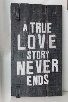 Cuadros vintage con frase: Deco Marce Tienda   /una verdadera historia de amor…