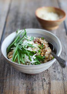 Savoury Steel-Cut Oats with Ramps, Parmesan and Tamari :: Simple Bites #breakfast #vegan #recipe