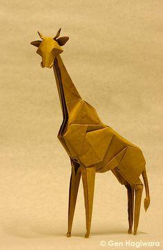 Origami Giraffe by GEN-H.deviantart.com