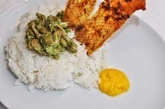 Huhn mit asiatischem Pesto, Orangen-Chili-Sauce und knuspriger Hühnerhaut