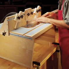 Simple router table christophermerrill woodworking benchtop router table downloadable woodworking plan keyboard keysfo Image collections