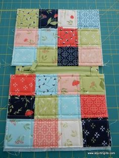 Sewing Tutorials Full pictorial tutorial for pretty patchwork bags made with Moda Candy squares. - A cute patchwork bag tutorial featuring Moda mini charm squares and simple patchwork. Step-by-step photographs make this a perfect project for beginners.