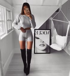 Captivating Fashion Outfits Ideas For Teen Girls 12 Mode Outfits, Fashion Outfits, Womens Fashion, Carnival Outfits, Botas Sexy, Denim Shirt, Jeans, Types Of Fashion Styles, Boy Fashion