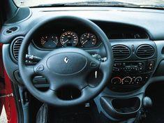 Renault Megane Scenic.    Interior